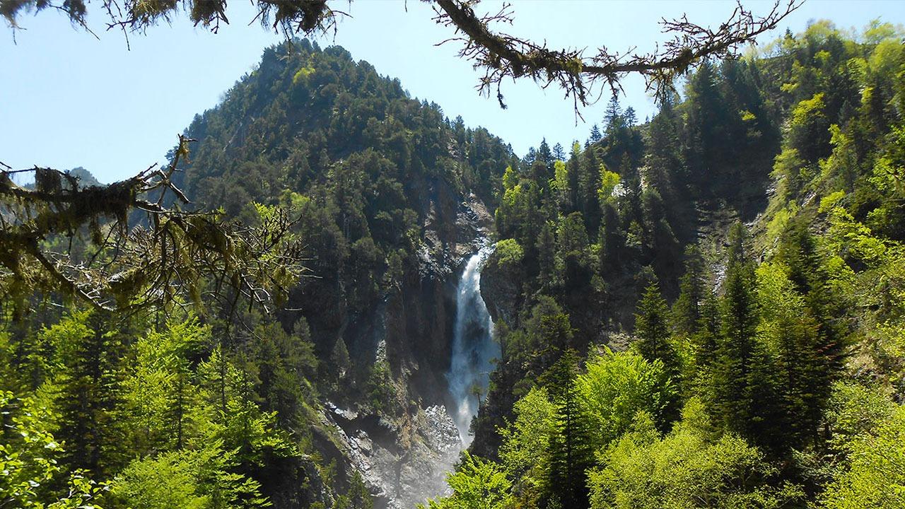cascade Hautes-Pyrénées