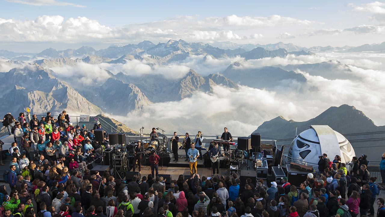 concert Pic du Midi terrasse