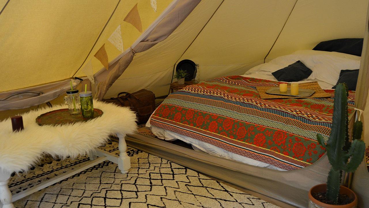 intérieur de la tente Sibley