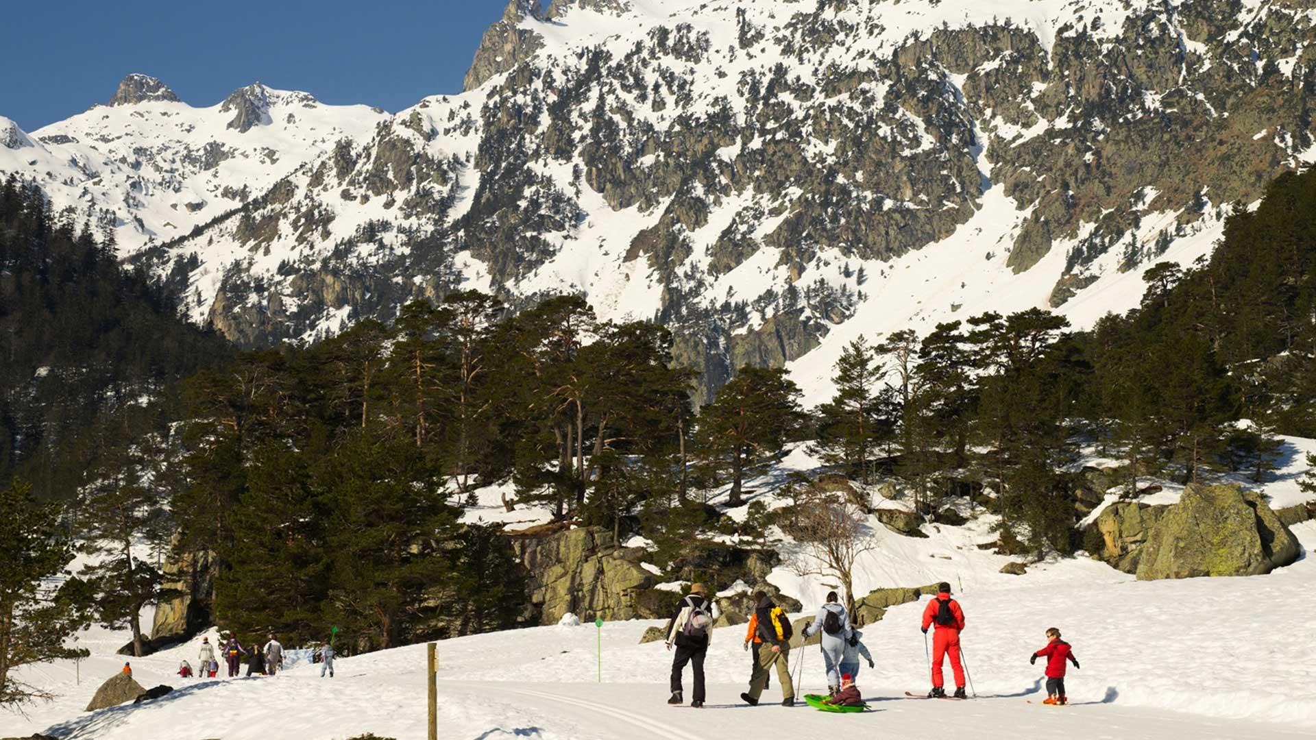 promenade en famille, ski luge au Pont d'Espagne